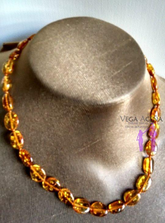 ea47765501ea Collar de ámbar adulto miel pulido - Vega Aceña
